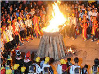 彝族火把节的来历(图)