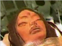 美国宇航员从月球带回三眼外星人女尸(图)
